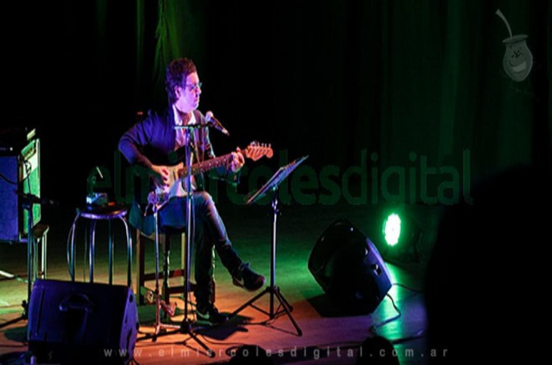 Fernando Cabrera presenta nuevo disco este domingo con recital en vivo y por streaming