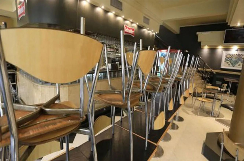 Los trabajadores gastronómicos y hoteleros manifestaron su preocupación por las dificultades económicas como consecuencia de la pandemia y solicitaron que se analice el protocolo que les permitiría habilitar su reapertura.