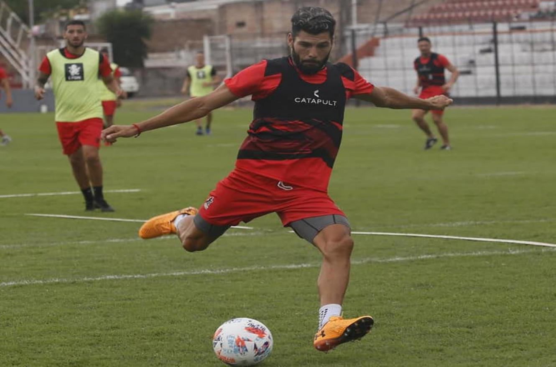 Gabriel Gudiño no podrá jugar el viernes para Patronato en Florencio Varela