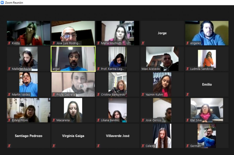 charla virtual Giano con estudiantes