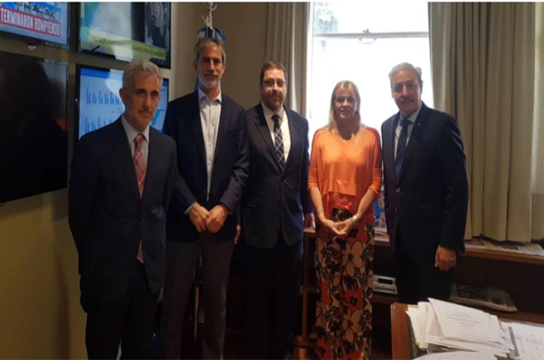 Marcela Losardo y Guillermo Olivieri recibieron a las autoridades de la AMIA