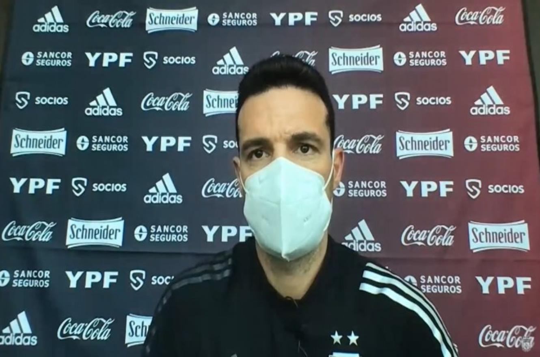 Scaloni no confirmó el equipo en Barranquilla y admitió que puede cambiar de sistema
