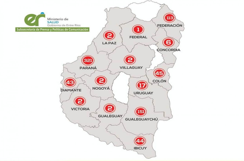 El mapa actualizado de casos de coronavirus confirmados discriminado por Departamento. Tala, San Salvador y Feliciano son los únicas tres que no presentan casos hasta el momento.