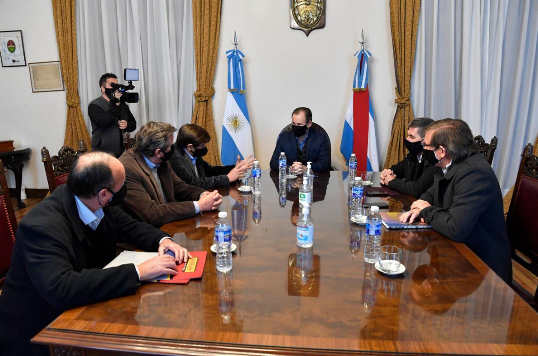 """Bordet instó al """"diálogo entre el sector privado y el público"""" para superar la crisis"""