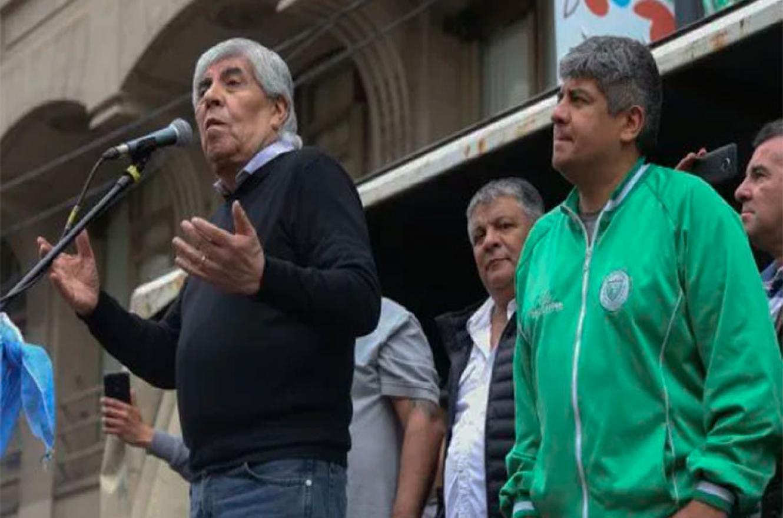 Hugo Moyano junto a Pablo Moyano