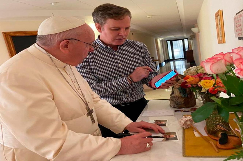 El Papa recibió a Cruz y otras dos víctimas de abusos sexuales del clero chileno en su residencia en Casa Santa Marta.