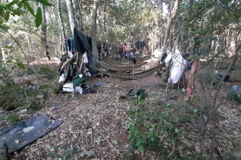 Imagen del supuesto campamento del EPP en el que fue baleada una de las niñas.