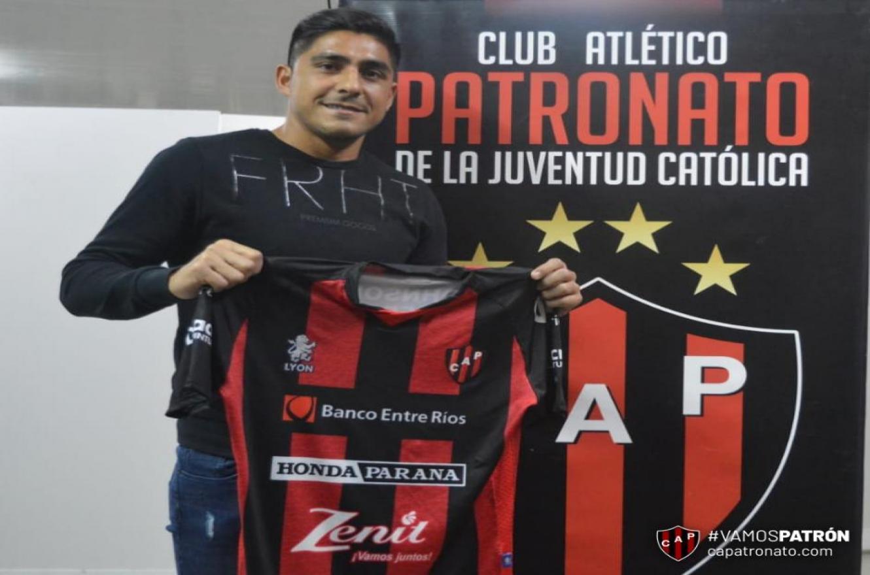 """Cristian Tarragona firmó su contrato con Patronato: """"Espero aportar para seguir sumando"""""""