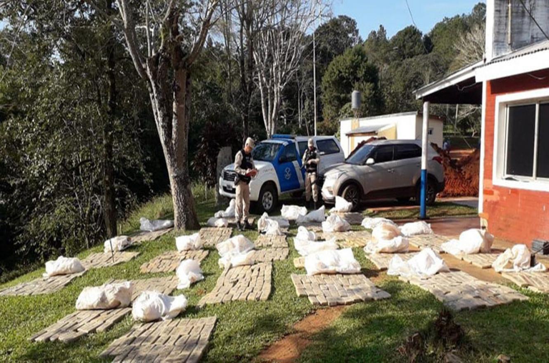 Los casi 700 kilos de marihuana fueron incautados en la ciudad misionera de Puerto Iguazú.