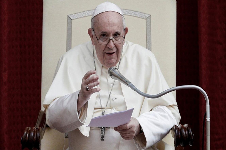 """En ocho capítulos, el Papa Francisco defiende la idea de una política """"puesta al servicio del verdadero bien común""""."""