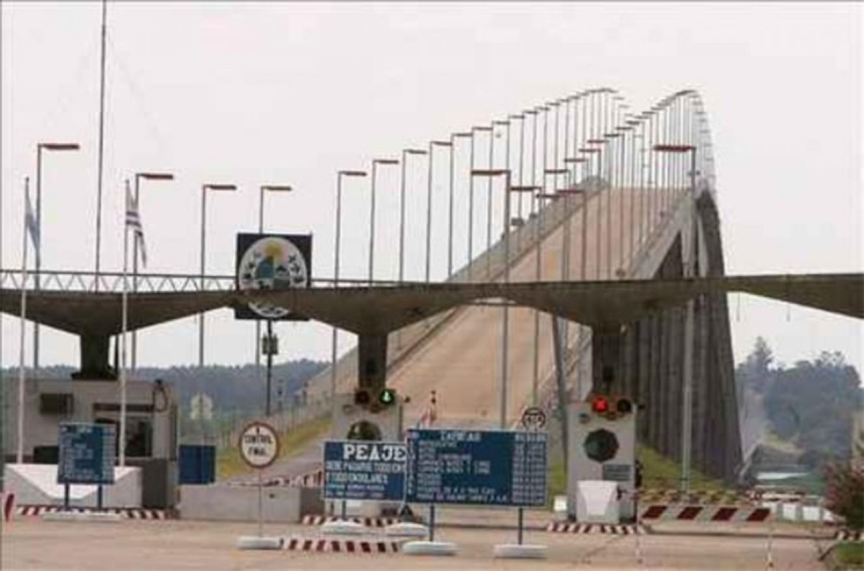 """El mayor decomiso de cocaína fue detectado en el puente internacional """"General San Martín"""". La Justicia Federal secuestró 215 kilos de cocaína."""