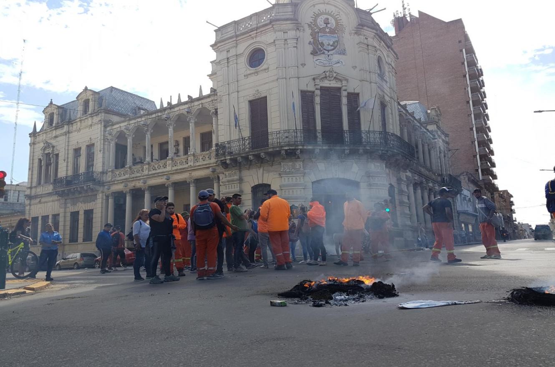 Manifestación en la Municipalidad
