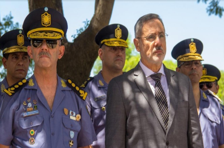 Marcelo Saín junto a jefes policiales