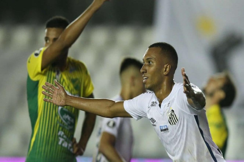 Defensa y Justicia perdió sobre la hora y quedó afuera de la Copa Libertadores