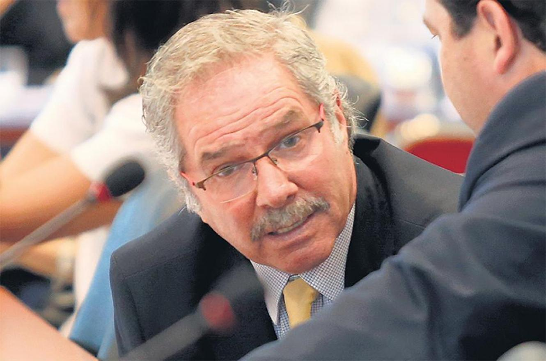 Felipe Solá presidirá la delegación del gobierno que viajará a Brasil para fortalecer el Mercosur a pesar de las diferencias políticas el país vecino.