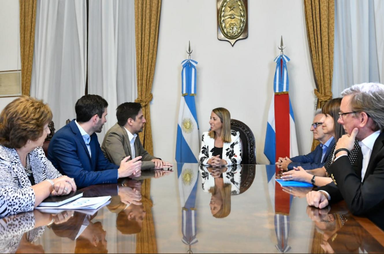 Stratta recibió al ministro Nicolás Trotta