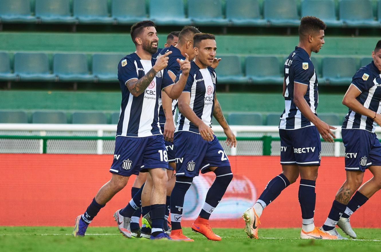 Desde los penales, Talleres sacó a Vélez de la Copa Argentina para meterse en octavos