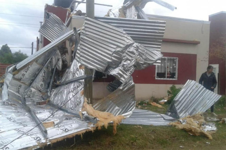 Por la tormenta la Provinicia dispuso un operativo especial entre Defensa Civil y Vialidad (foto El Once).
