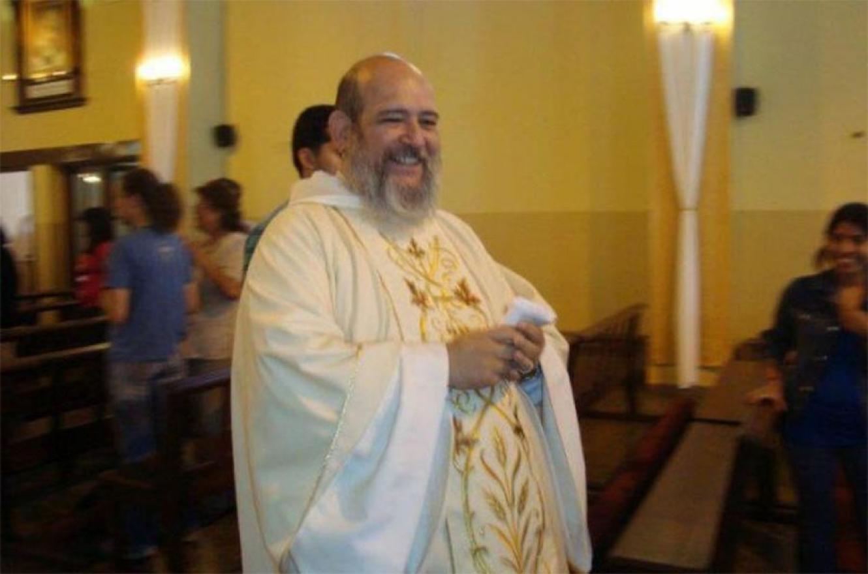 El sacerdote salteño, Agustín Rosa Torino, será juzgado en juicio oral por tres abusos sexuales cometidos en el instituto religioso de derecho diocesano Hermanos Discípulos de Jesús de San Juan Bautista que él mismo fundó en 1986.