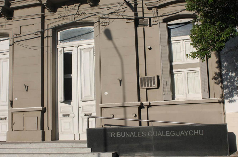 La Fiscalía de Gualeguaychú recibió una denuncia por supuesta tortura, pero su actuación deja más dudas que certezas.