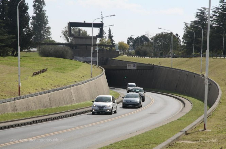 Este martes a la noche el tránsito en el Túnel Subfluvial será alternado