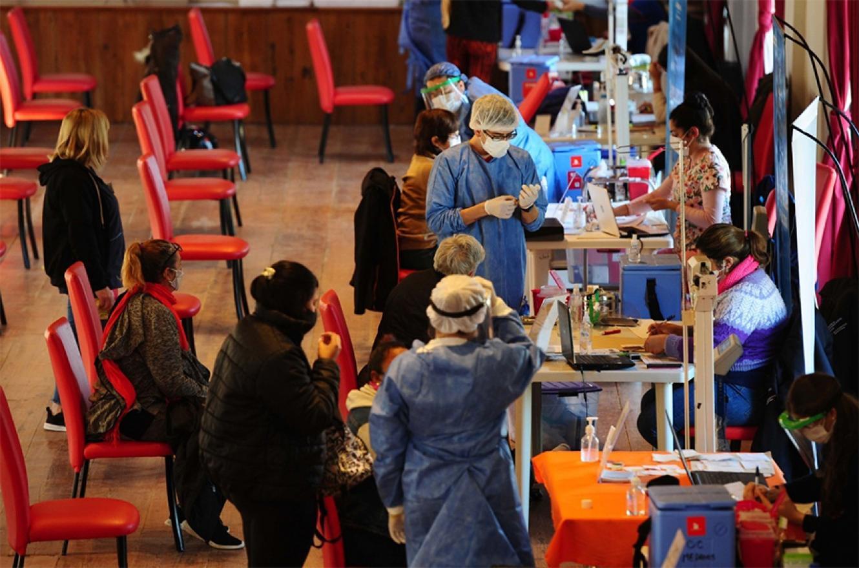 La Municipalidad intensifica sus esfuerzos para llegar con la vacunación a la mayor cantidad de personas.