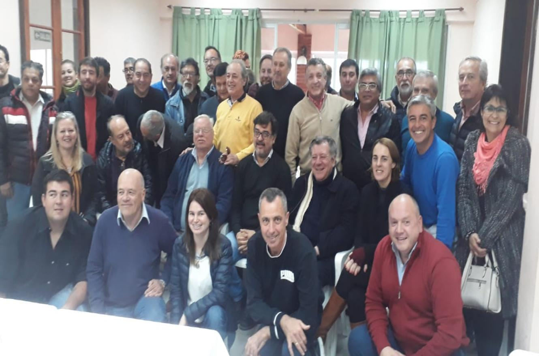 El peronismo que está en Cambiemos se reunió hoy en Villaguay para apoyar la fórmula Macri-Pichetto.