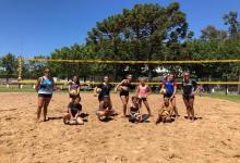 """Ana Gallay fue la """"profe"""" de lujo en un entrenamiento especial de Beach Volley en Nogoyá"""