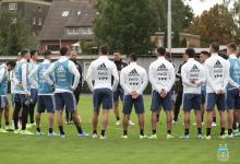 Con el entrerriano Kannemann, la selección argentina entrenó en Alemania