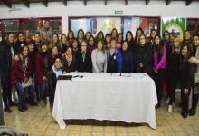 La Agrupación Mamis Hockey del Paraná firmó su estatuto y acta constitutiva