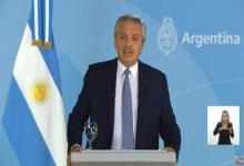 El Presidente Alberto Fernández cuando el jueves por la noche anunció las nuevas medidas de restricción y prevención para evitar la circulación del Covid-19.