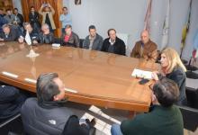 Entregaron aportes para mejorar caminos rurales en Juntas del departamento Uruguay