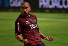 Fútbol: Junior Arias está a un paso de ser refuerzo de Patronato