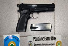 arma policial robada