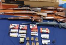 Los policías involucrados en la banda que vendía armas y municiones fueron detenidos y pasados a disponibilidad