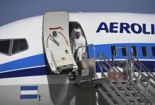 El transporte de media y larga distancia y vuelos de cabotaje funcionarán para esenciales
