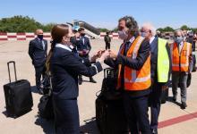 El jefe de Gabinete en el día de la llegada de las 300 mil dosis de Sputnik V.