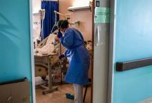 Se sumarán mil camas en las terapias intensivas del país. Según los expertos, la cifra se alcanzó gracias a la postergación de cirugías programadas y a la disminución de los accidentes de tránsito, entre otras razones.