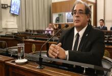Martín Carbonell es presidente del STJ y mañana concurrirá al Senado para aportar al proyecto del nuevo Régimen de Protección, Asistencia y Prevención de la Violencia contra las Mujeres por razones de Género.