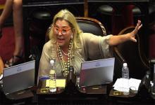 Elisa Carrió durante el debate del proyecto de Restauración de la Sostenibilidad y la Deuda Pública Interna, una de sus últimas apariciones.
