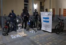 El sábado por la tarde Gendarmería Nacional y la Policía de Entre Ríos realizaron un operativo antidrogas en Gualeguay que permitió secuestrar 200 dosis de cocaína y detener a ocho personas.