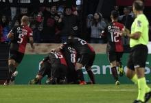 Superliga: Colón logró un agónico triunfo ante Gimnasia y lo hundió más en el promedio