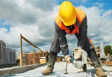 La construcción cayó 2,6% y la industria 0,6%, informó el Indec