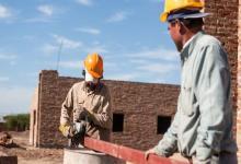 La construcción subió 4,3% en octubre, pero descendió 0,9% interanual
