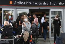 Imagen del Aeropuerto Internacional de Ezeiza 2000, donde se activó el protocolo de seguridad ante en brote de coronavirus, revisando a todos los pasajeros, para evitar la propagación de la enfermedad.