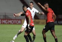Copa Sudamericana: Newell's igualó sin goles en Brasil