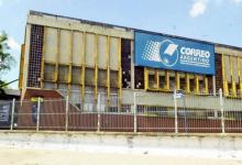 La deuda del Correo con el Estado es calculada en 300 millones de pesos/dólares más intereses millonarios.