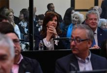 """Cristina Kirchner frente """"a los armados"""" judiciales de Comodoro Py."""