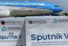 El Airbus 330-200 aterrizó en Ezeiza poco después de las 13, tras haber permanecido en tierras rusas desde el miércoles. Con las nuevas dosis, la Argentina suma más de 7 millones de vacunas recibidas.