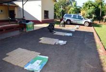 Personal del Escuadrón 13 de Gendarmería secuestró 398 paquetes rectangulares con poco más de 276 kilos de marihuana.